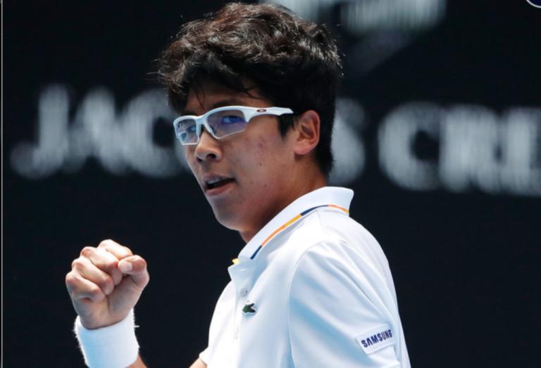 SURPRESA. Hyeon Chung derrota Alexander Zverev em Melbourne e avança para os oitavos-de-final