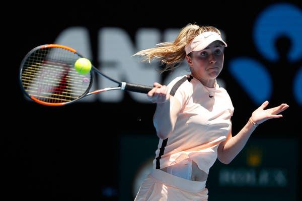 Svitolina arrasa Kostyuk, a jovem sensação de 15 anos, rumo aos 'oitavos' no Open da Austrália