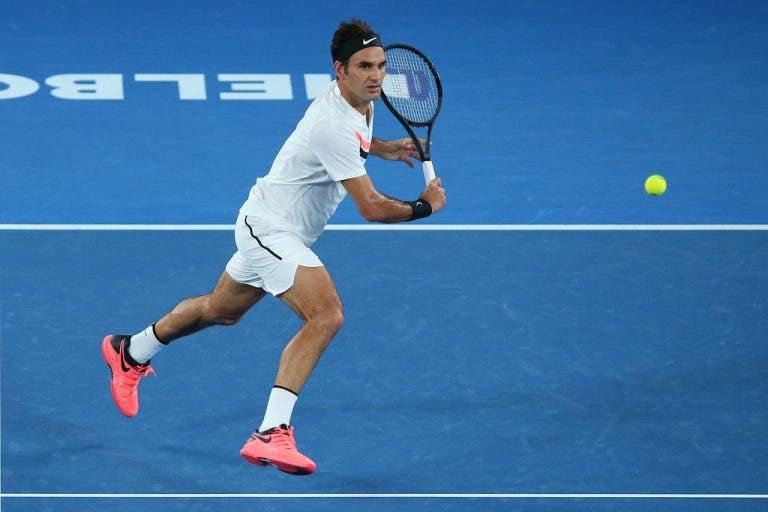 [VÍDEO] Roger Federer fez… um banana shot!
