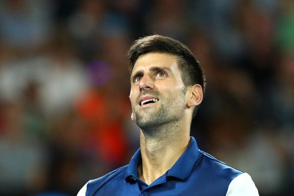 Djokovic: «Comecei a sentir muitas dores no cotovelo no final do primeiro set»