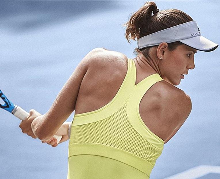 A roupa colorida de Muguruza, Wozniacki, Zverev e Thiem para o Happy Slam