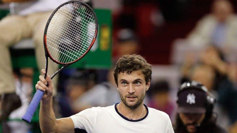 Simon arrasa: «Agora os encontros de ténis têm de durar 40 minutos»
