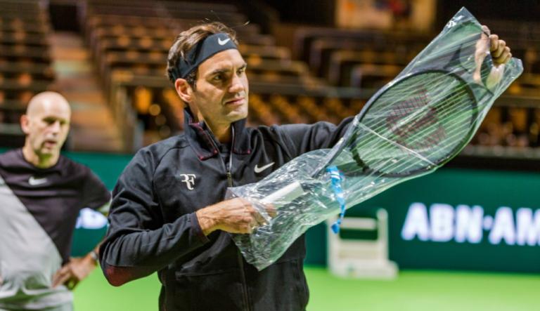 Chegou e treinou. Federer já está em Roterdão a preparar semana que pode ser histórica