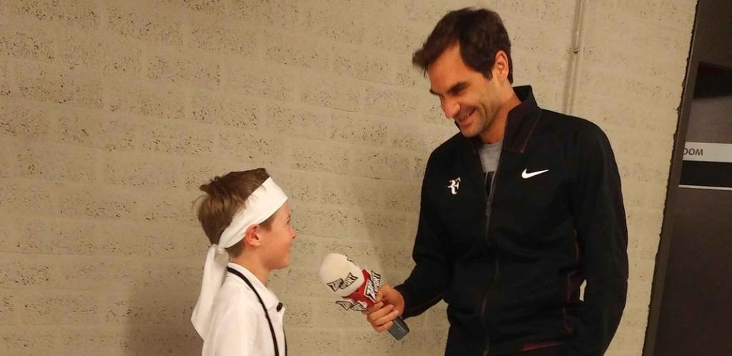 Federer e pequeno repórter trocam de papéis: «Tu és o meu super-herói, Roger!»