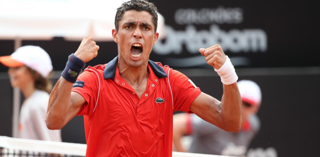 Thiago Monteiro vence e fica a uma vitória do quadro principal de Roland Garros