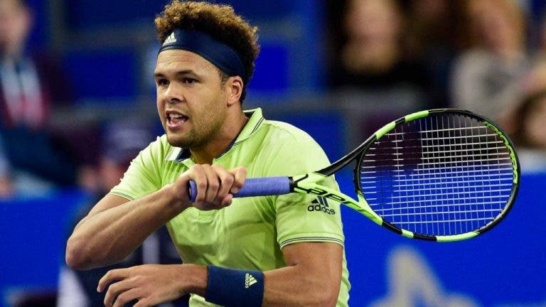 Tsonga continua lesionado e também vai falhar o US Open