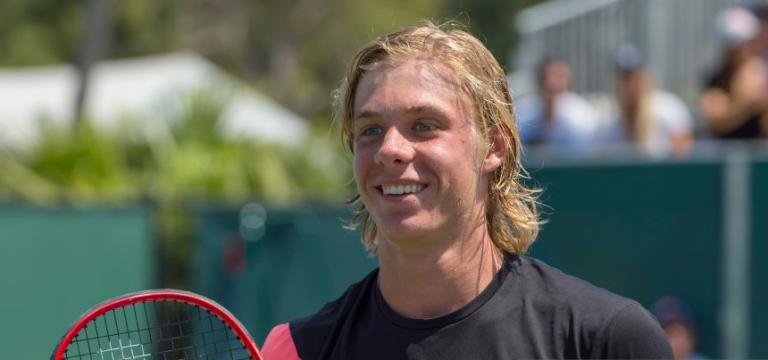 Shapovalov conta a lição que aprendeu durante um treino com Federer