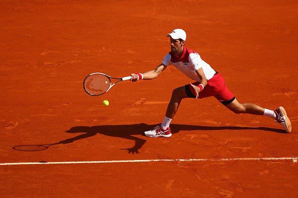 Djokovic atropela compatriota no regresso às vitórias três meses depois