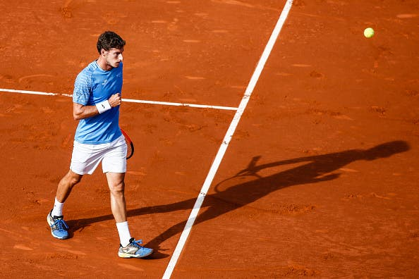 Stefanos Tsitsipas, de apenas 19 anos, surpreende no ATP 500 de Barcelona