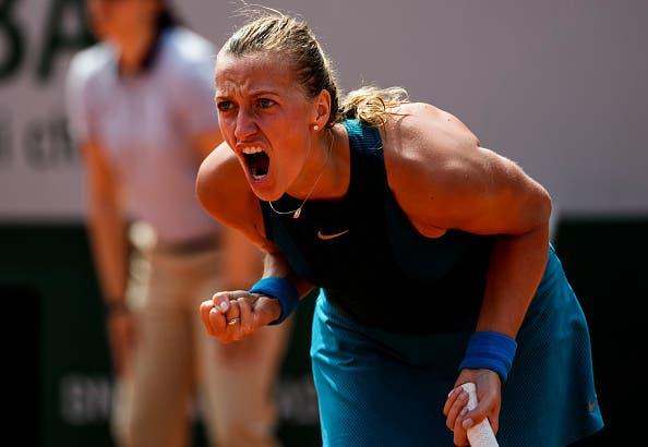 Petra Kvitova revalida título em Birmingham e levanta quinto troféu da temporada