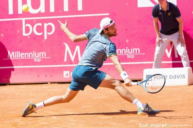 João Sousa cede na estreia e está fora do ATP 250 de Gstaad