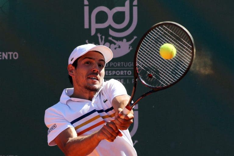 João Domingues segue para a segunda ronda do Challenger de Barcelona