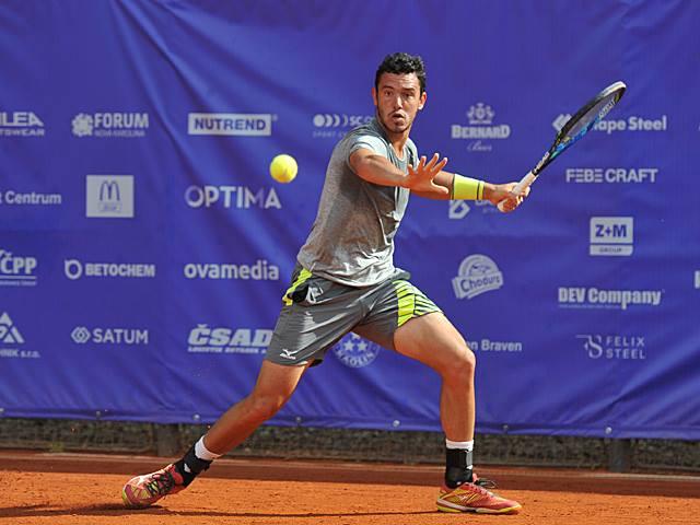 Gonçalo Oliveira sofre derrota pesada e sai de cena na primeira ronda no Cazaquistão