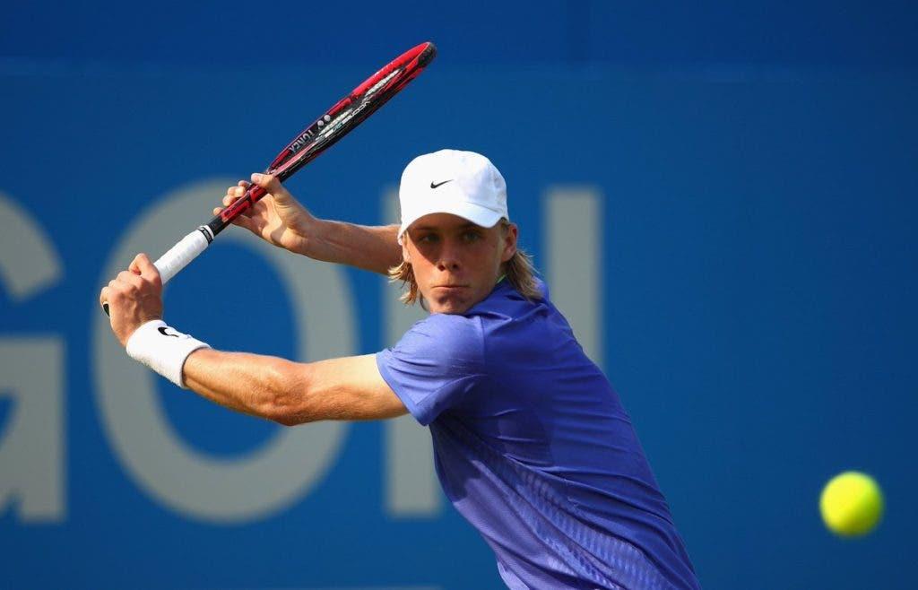 Shapovalov, que estava em rota de colisão com Federer, perde com o n.º 169 ATP em Estugarda