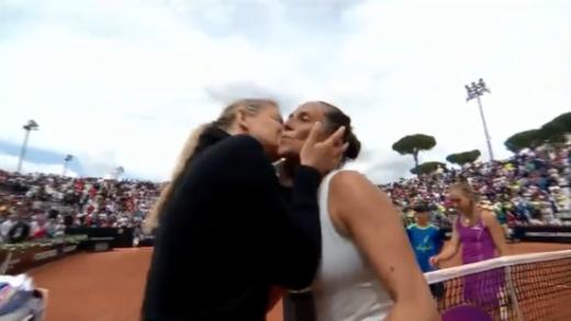 [VÍDEO] Em lágrimas, Vinci perde em Roma naquele que terá sido o último encontro da carreira