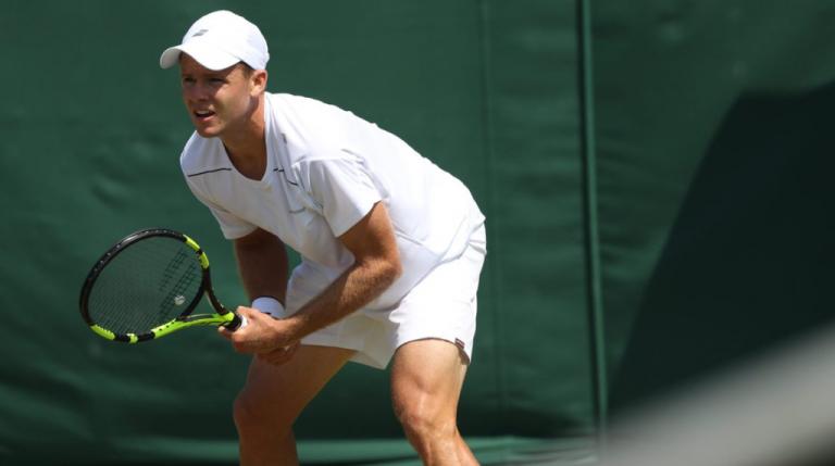 Oito cirurgias depois, Christian Harrison segue passos do irmão e garante quadro principal em Wimbledon