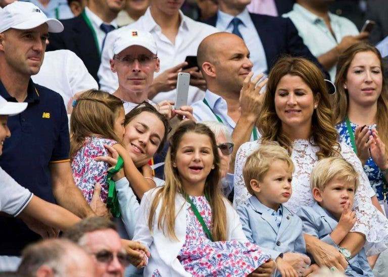 Federer brinca com o tamanho da equipa: «Tenho de alcançar os 'quartos' para haver retorno»