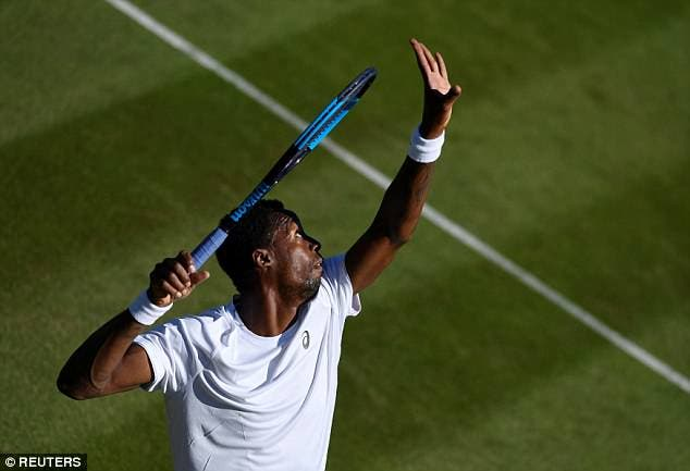 Monfils deteve o recorde de ás mais rápido da história de Wimbledon durante uma hora