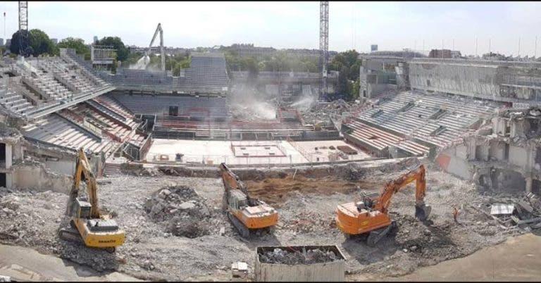 [FOTO] O Court Central de Roland Garros está quase… todo destruído