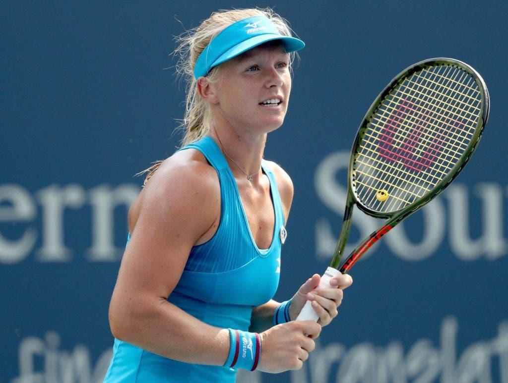 Bertens surpreende Kvitova e garante final em Cincinnati