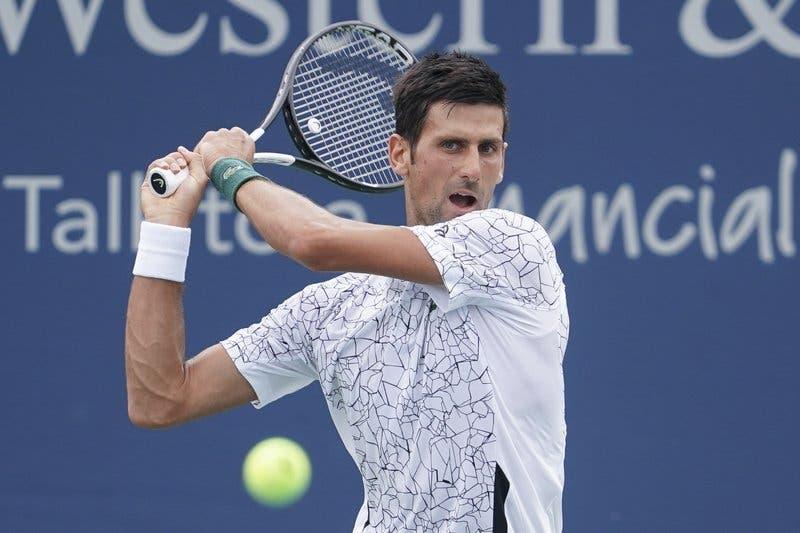 Djokovic resiste a Raonic e apura-se para as meias-finais em Cincinnati