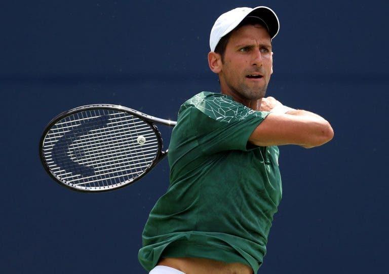 Djokovic volta a vencer e segue para os 'oitavos' em Toronto