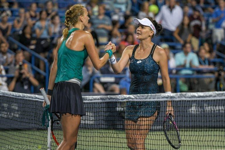 Kvitova passa por Radwanska na estreia em New Haven