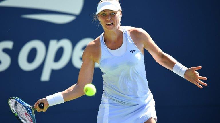 É-P-I-C-O. Zvonareva vira de 2-5, 0-40 abaixo no 3.º set rumo ao quadro principal do US Open