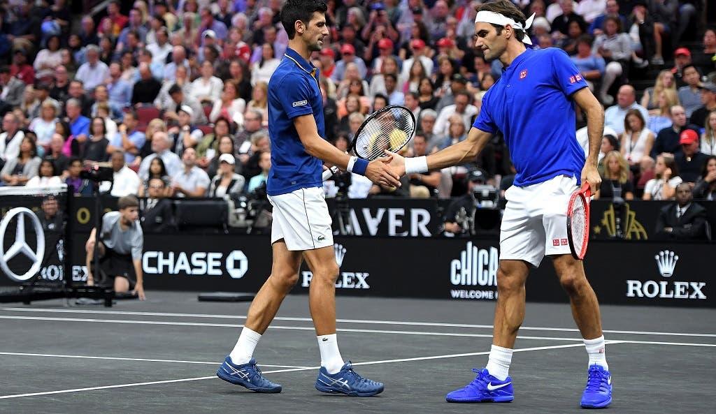 [VÍDEOS E FOTOS] Federer e Djokovic juntos perante 17 mil pessoas em Chicago numa dupla para a história