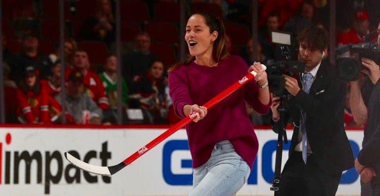 [VÍDEO] Ana Ivanovic impressiona… no hóquei no gelo