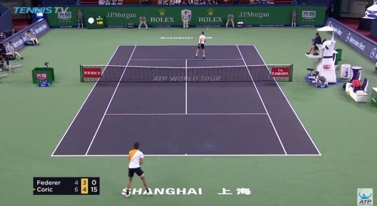 [VÍDEO] Borna Coric 'despachou' Roger Federer com pontos… como este