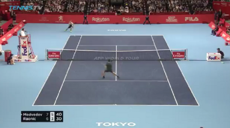 [VÍDEO] Medvedev derrotou Raonic com match point fabuloso