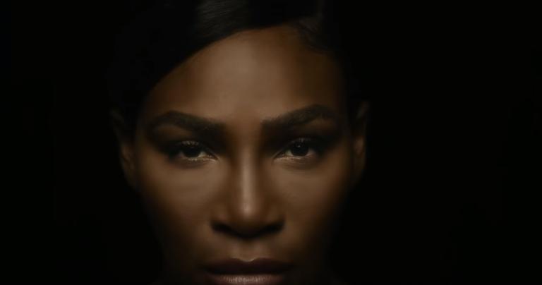 [VÍDEO] Serena Williams canta 'I Touch Myself' numa campanha contra o cancro da mama