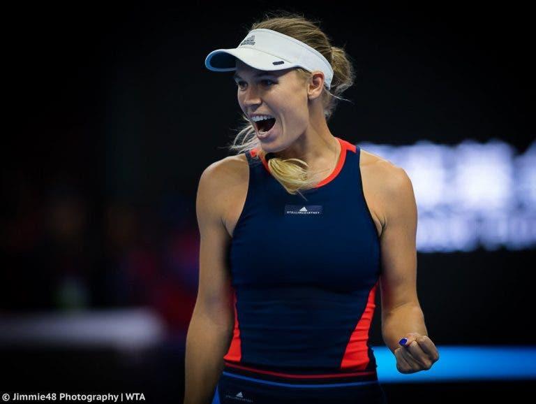 Wozniacki mantém domínio e é campeã em Pequim