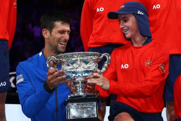 Djokovic proporciona momento memorável a apanha-bolas
