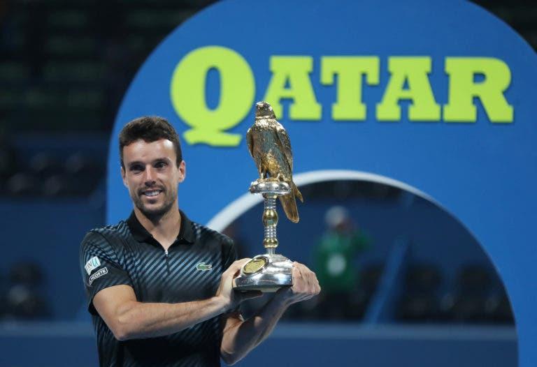 Bautista Agut torna-se no terceiro tenista espanhol com mais títulos em piso rápido… da história