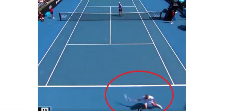 [VÍDEO] Mas… o que é isto? Dan Evans protagoniza ponto absurdo no Australian Open