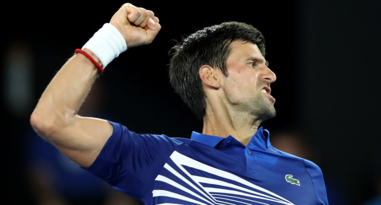 Djokovic entra arrasador e reedita final de 2008… na segunda ronda