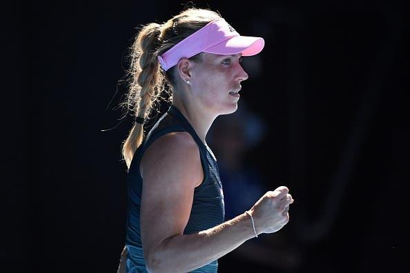 Kerber arrasa na estreia rumo à segunda ronda