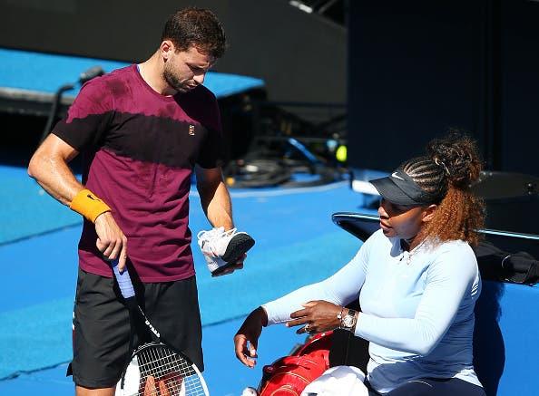 [VÍDEOS] Serena já está em Melbourne e treinou com o ex-namorado Dimitrov