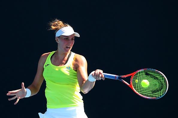 Oi, Brasil! Bia Maia vence batalha e desafia Kerber na 2.ª ronda do Australian Open