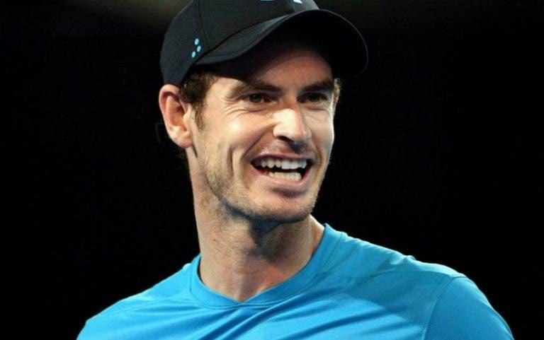 Murray oferece bilhete a fã para a sua estreia em Melbourne