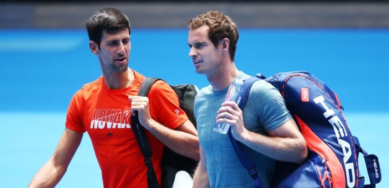 [FOTOS] Quatro mil pessoas viram Djokovic arrasar Murray no encontro de treino
