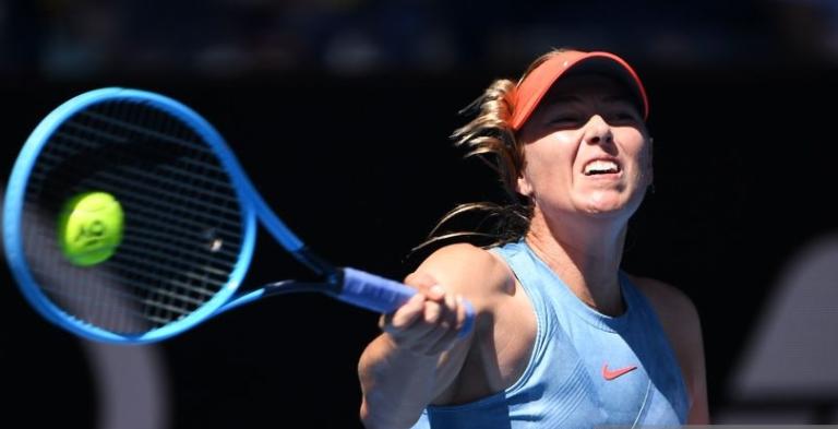 Continua lesionada: Sharapova também já desistiu de Roma e está em dúvida para Roland Garros