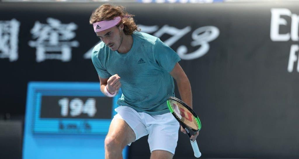 Tsitsipas garante terceira ronda do Australian Open pela 1.ª vez na carreira