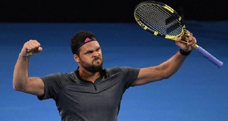 Tsonga faz exibição incrível e derrota um (muito bom) De Minaur em Brisbane