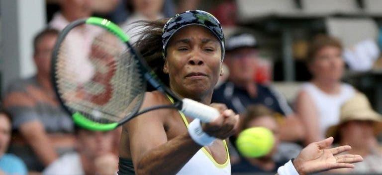 Venus Williams derrota Azarenka num duelo de ex-números 1 WTA em Auckland