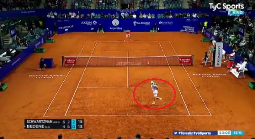 [VÍDEO] Lembra-se do SABR de Federer? Diego Schwartzman tem a sua versão