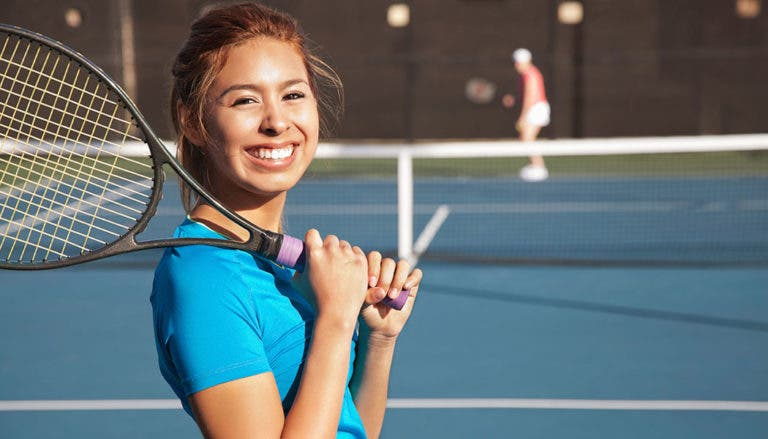 Está provado: Jogar ténis dá-lhe mais 10 anos de vida