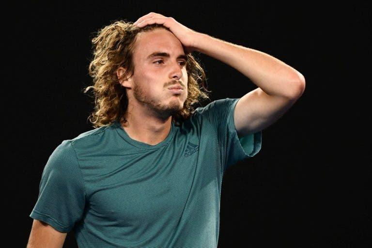 Stefanos Tsitsipas foi o mais multado no Open da Austrália